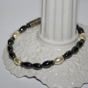 """Hematite and pearl magnetic bracelet 7.5"""""""